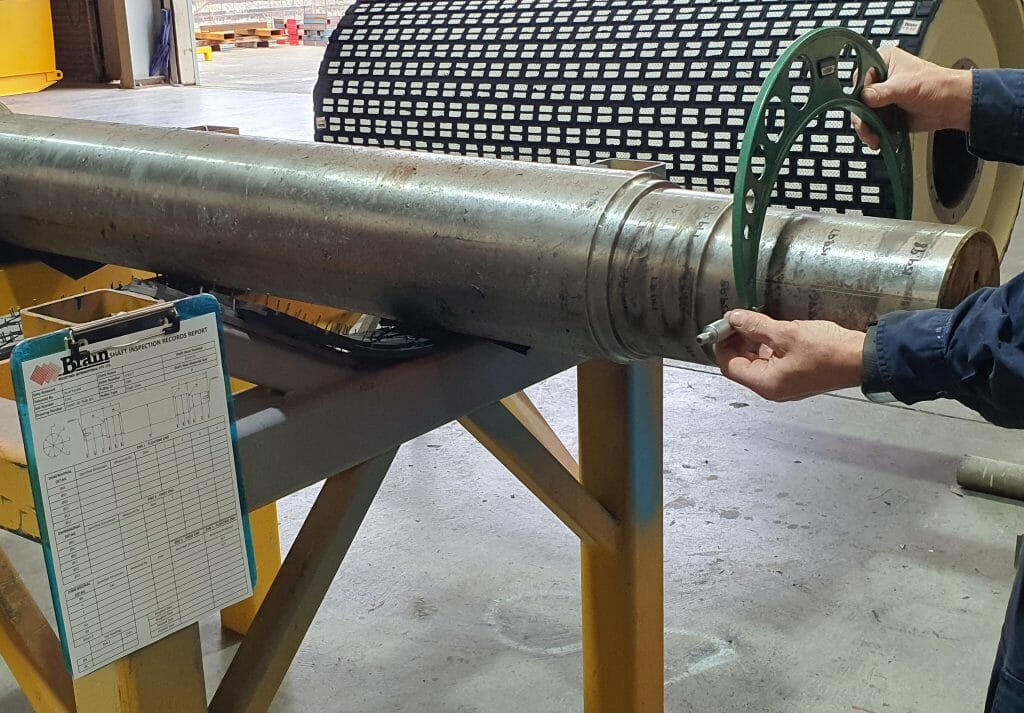 Dimension measuring as part of a conveyor pulley refurbishment