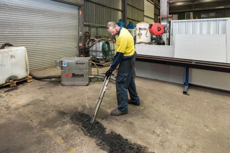 Clean up spills or pumping sludges and slurries containing solids is easy with a Brain Industries Mudskipper Pump